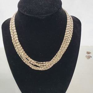 "Jewelry - Sarah Coventry Golden Cascade 15"" Gold tone neckla"